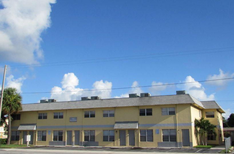 1160 W Blue Heron Blvd, Riviera Beach FL 33404